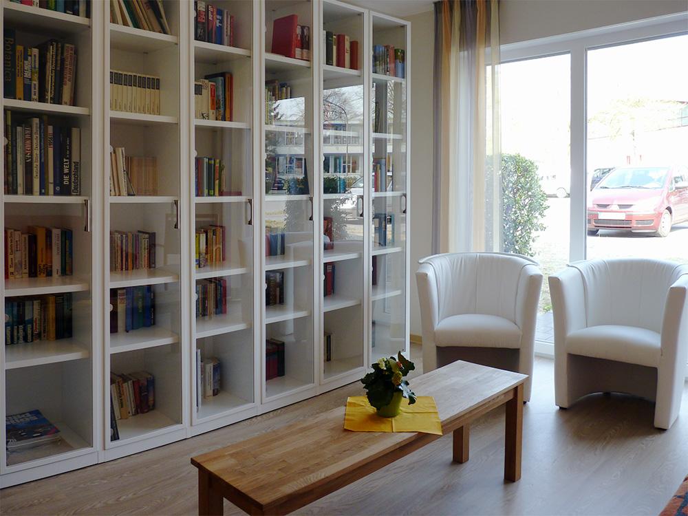 Bibliothek Wohngruppe